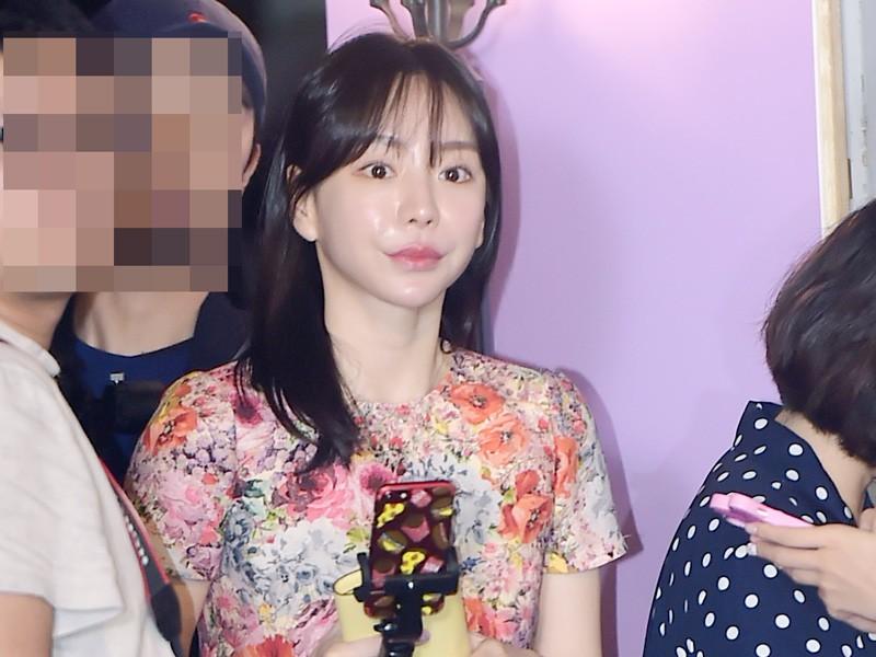 Selain Isu Narkoba, Mantan Tunangan Yoochun Dilaporkan Ada Kaitan dengan Klub Burning Sun