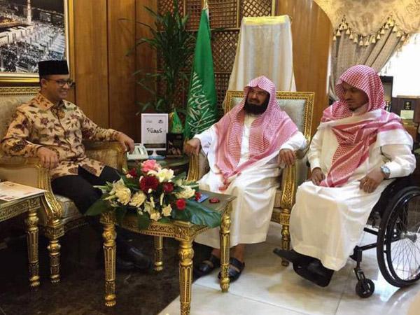 Kesan dan Isi Surat Imam Besar Masjidil Haram untuk Anies Baswedan