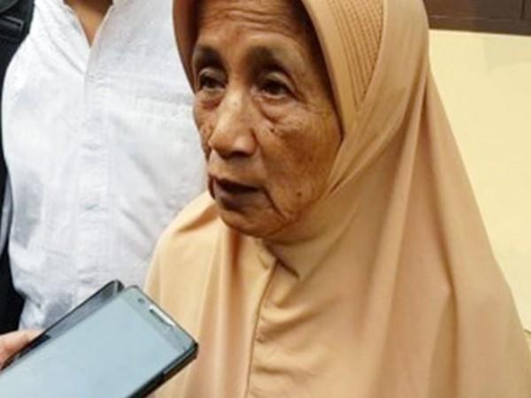 Ditipu, Nenek Berumur 63 Tahun Jual Rumahnya Seharga 300 Ribu Rupiah