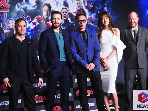 Ikut Peringati Tragedi Feri Sewol, Para Aktor 'The Avengers 2' Kenakan Pita Kuning Saat ke Korea