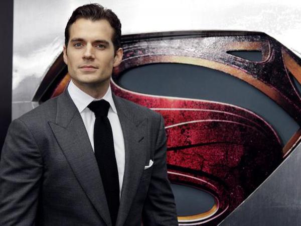 Wow, Superman Akan Hadir Di Sekuel 'Fifty Shades Of Grey'?