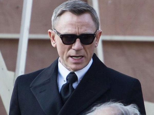 Daniel Craig Terlibat Kecelakaan Saat Syuting Spectre!