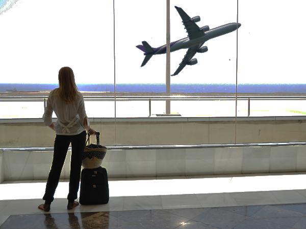 Takut Naik Pesawat? Coba Tips Atasi Rasa Takut Naik Pesawat Berikut Ini