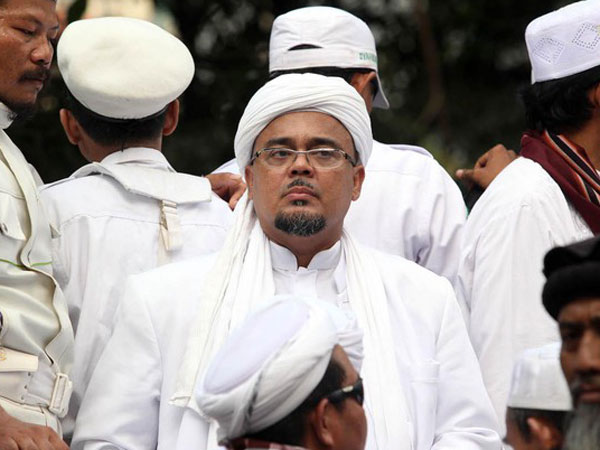 Mangkir dari Panggilan Polisi, Habib Rizieq Justru Laporkan Pejabat Keuangan Soal Uang 'Palu Arit'