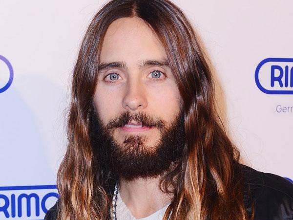 Jared Leto Akhirnya Pangkas Rambutnya Demi Peran Joker!