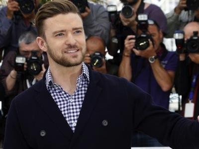 So Sweet! Justin Timberlake Bantu Fans Lamar Sang Kekasih Saat Konser