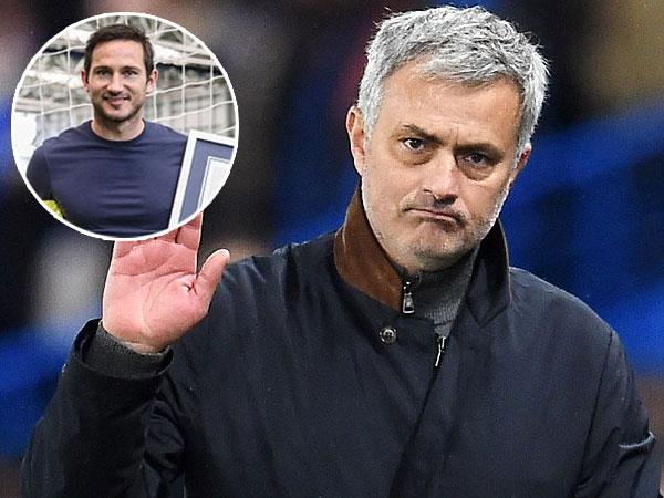 Mantan Pemain Terbaik Chelsea Frank Lampard Putuskan Pensiun, Jose Mourinho Ungkap Kesedihan Mendalam