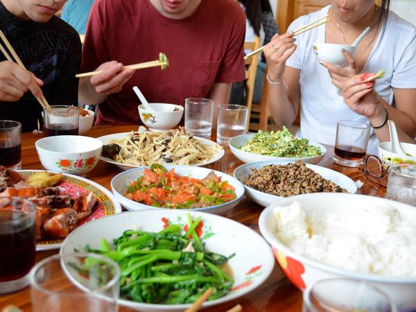 Sambut 2017, Intip Sederet Makanan 'Pokok' Saat Pergantian Tahun Beberapa Negara Ini (Part 1)