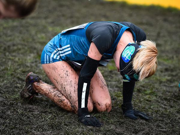 Ikut Lari di Arena Berlumpur, Wanita Ini Alami Kebutaan