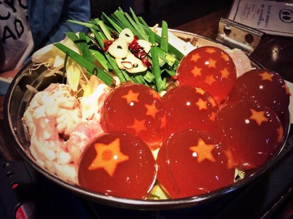 """Wah, Restoran Ini Sajikan Menu """"Dragon Ball"""" dalam Kuah Panas!"""
