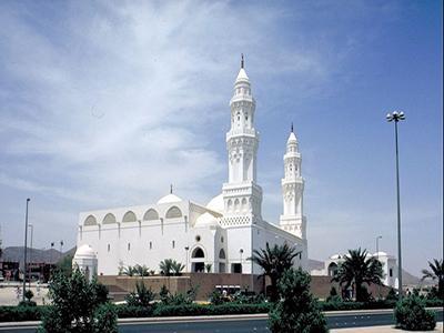 Unik, Masjid Ini Memiliki Dua Kiblat!