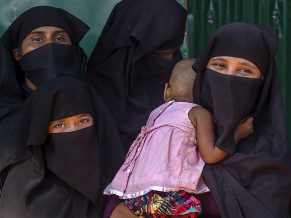 Cerita Pilu Wanita Rohingya yang Disekap dan Diperkosa Berkali-kali oleh Tentara Myanmar