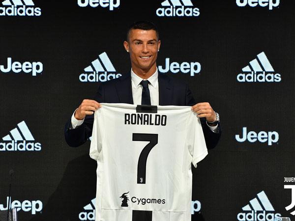 Manisnya Pengakuan Ronaldo Minta Izin Pemain Terdahulu untuk Gunakan Nomor 7 di Juventus