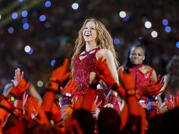 Dampak Super Bowl, Lagu Shakira Kembali Puncaki Tangga Lagu Setelah 19 Tahun Dirilis