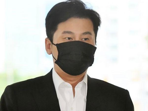 Yang Hyun Suk Hadiri Sidang Pertama Kasus Perjudian