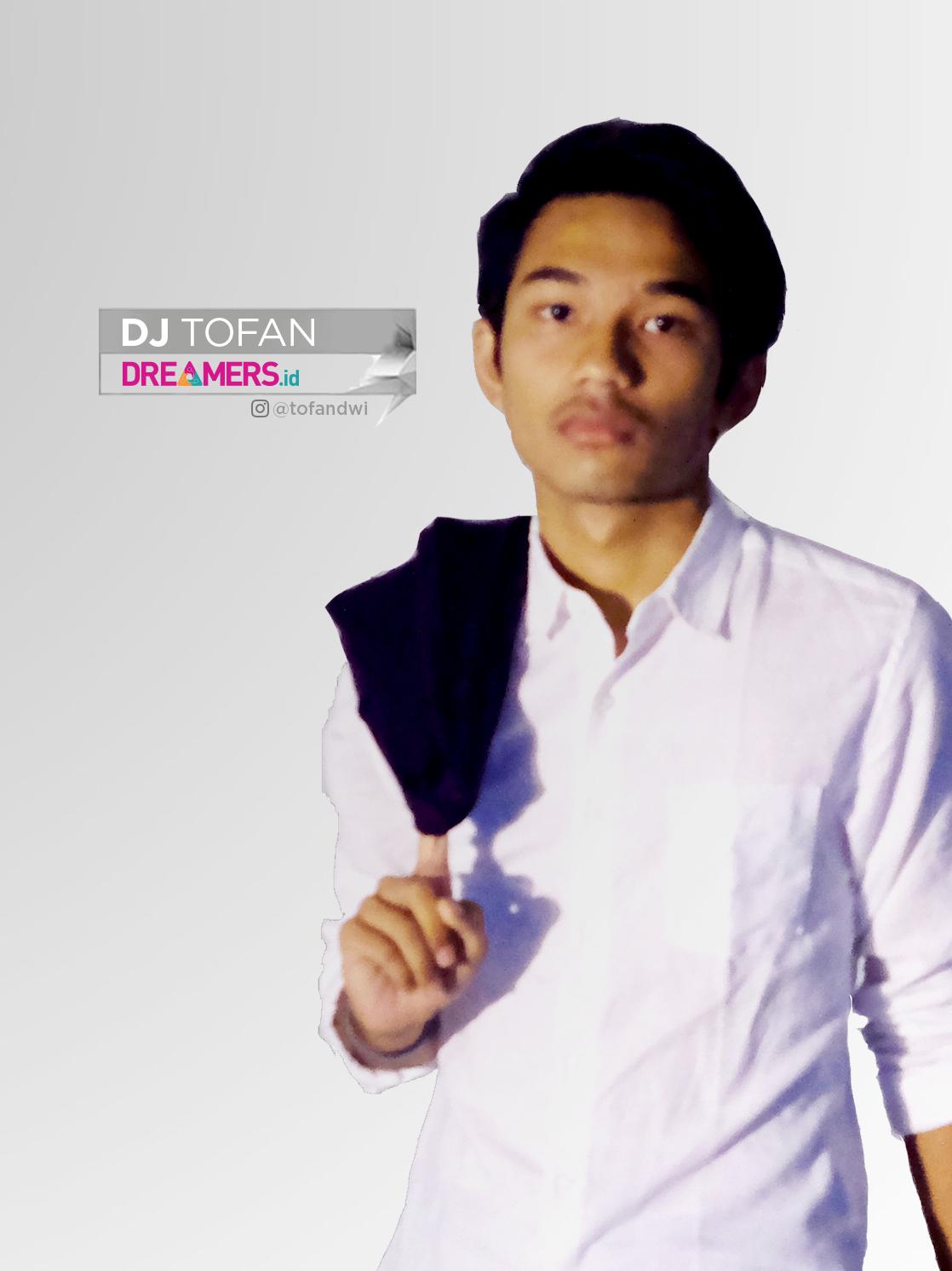 DJ Tofan