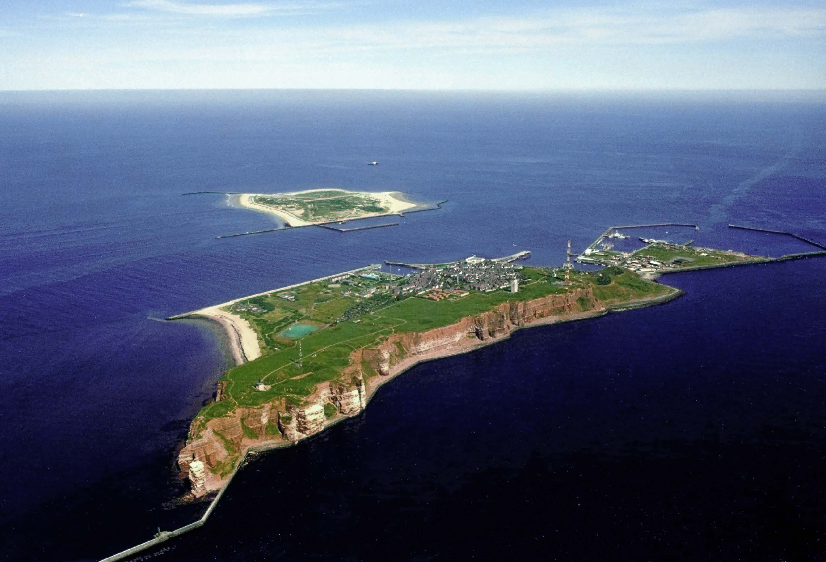 Ini Dia Pulau Yang Bertahan Dari Ledakan Non Nuklir Terbesar Di Dunia