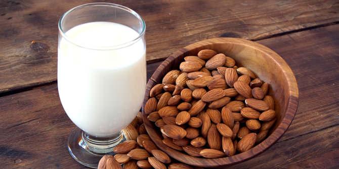 Sederet Manfaat Susu Almond Yang Dijual Untuk Kesehatan